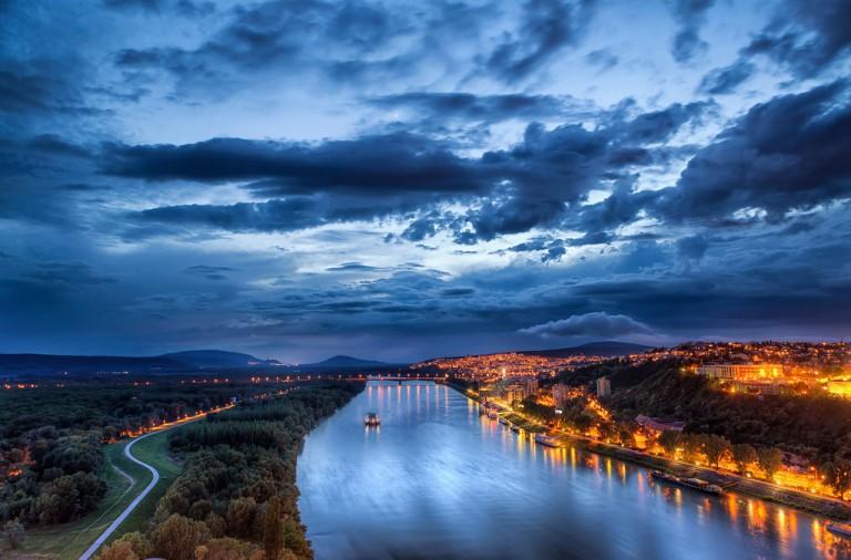Bratislava-XL2