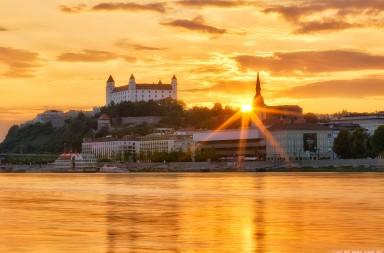 Bratislava-IMG_8092-blend-sharpen