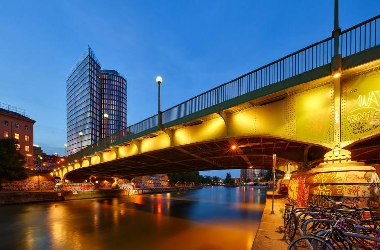 Vienna_DSC3290-web_compressed